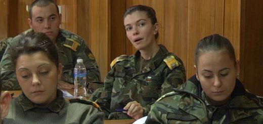 Комуникация в действие: Медии и Армия