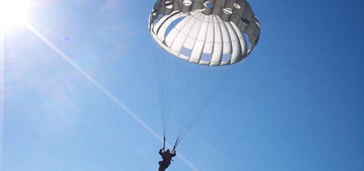 12-13-parashutist