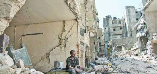 aleppo-syria-war-sitting-man