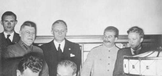 MolotovRibbentropStalin