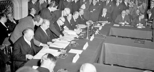 european-defense-community-treaty-signed-in-paris-ma7-27-1952-fff8f1