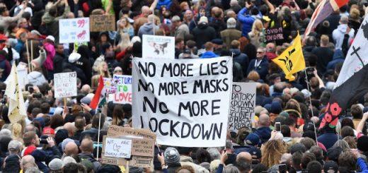 protesti_london_koronavirus